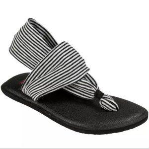 SANUK Black & White Stripe Sling Yoga Sandals